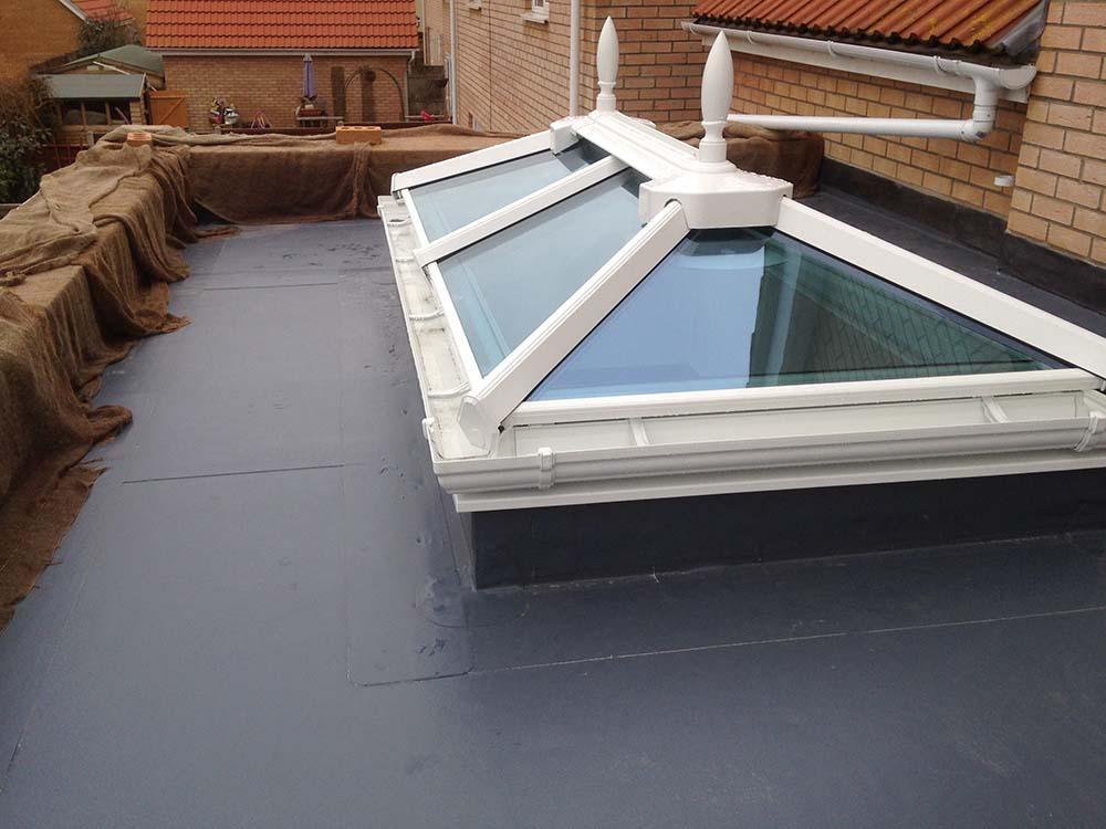 Rubber roofing Oaken Wolverhampton