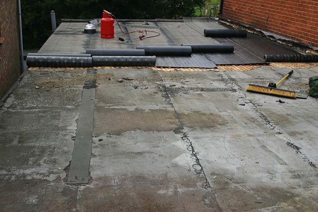 Flat Roof repairs Codsall Wolverhampton