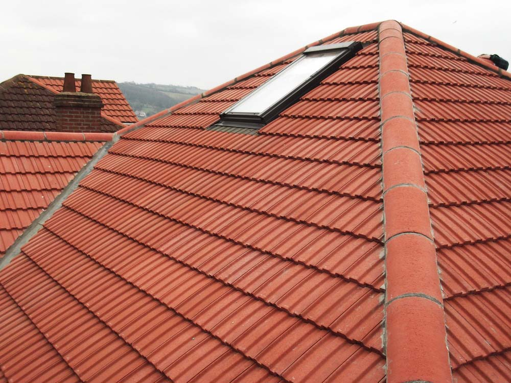 Tiled roofing West Midlands